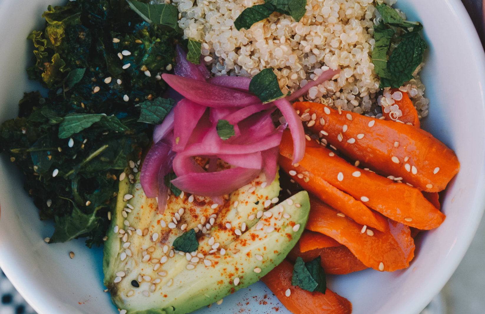 Healthy Lunch bowl with kale, carrots, quinoa from OTL cafe at the Design District