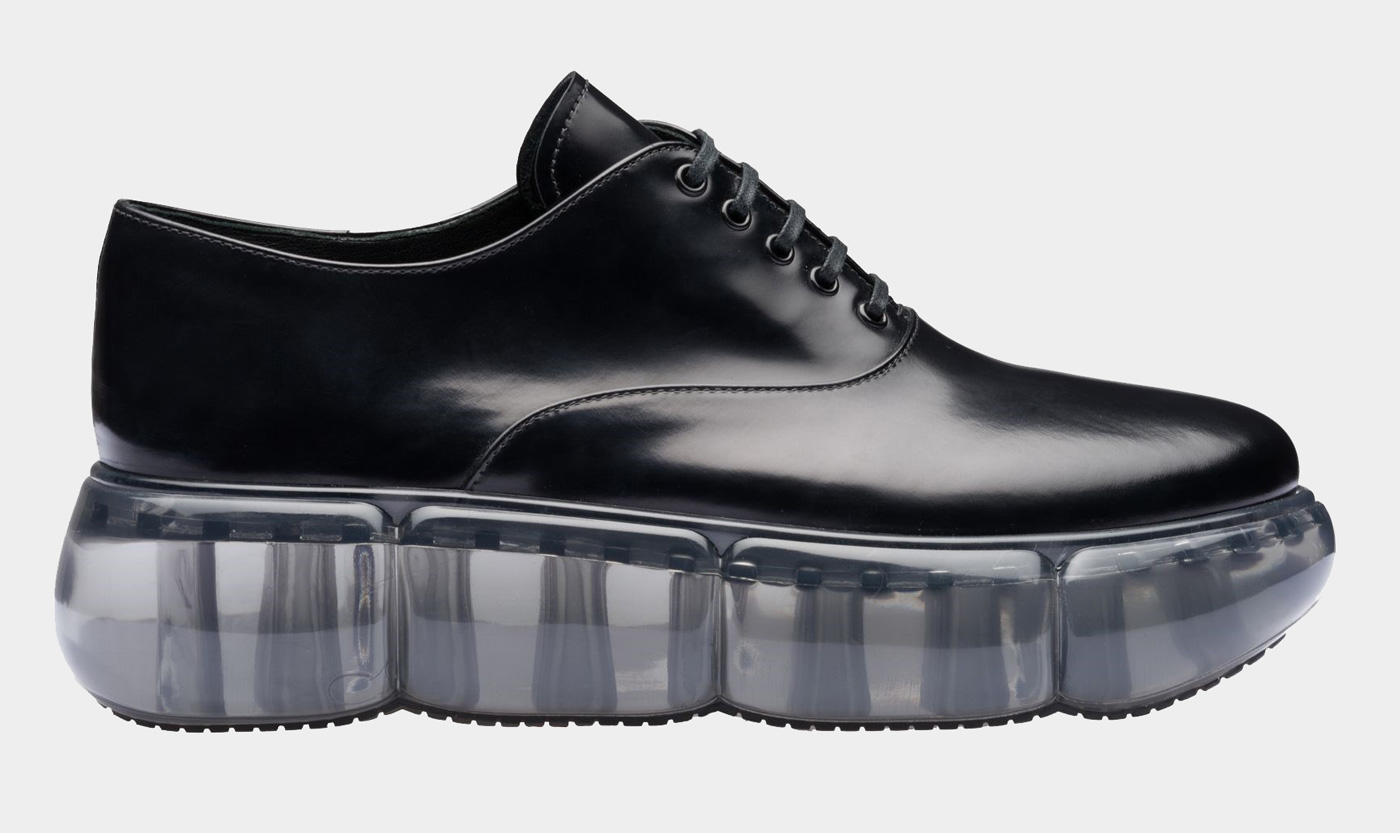 Prada's Leather Oxford shoes