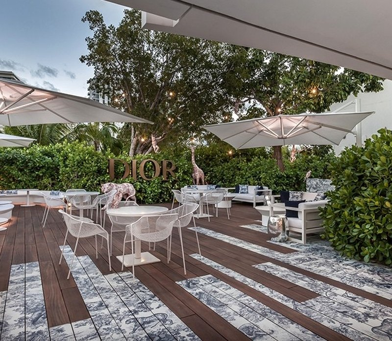 Dior's Rooftop Café is Your Chic New Dining Spot
