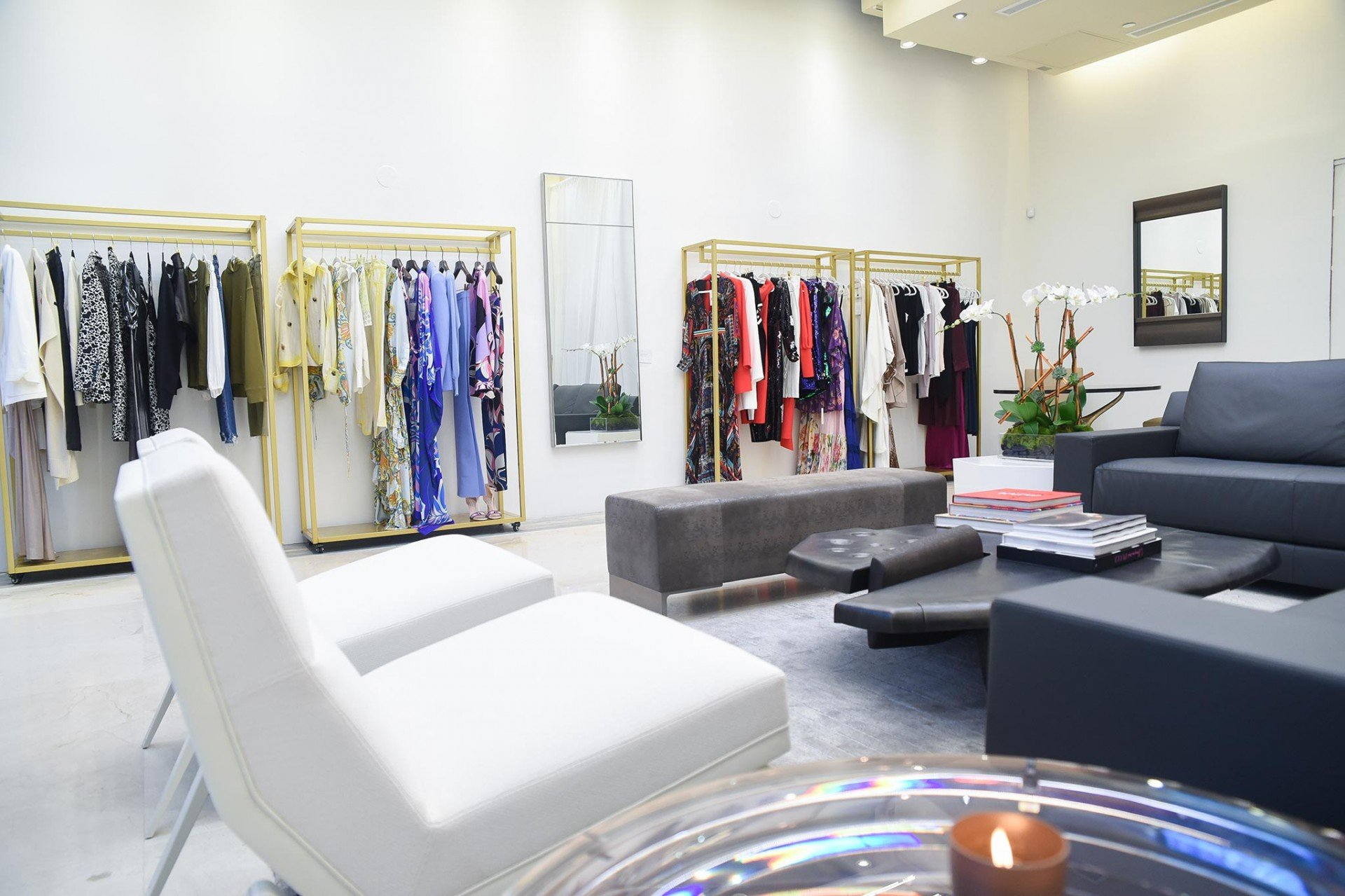Personal Shopper and Styling Lounge by @STYLEDBYMDD